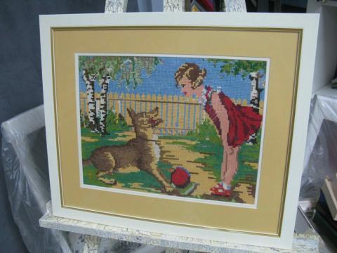 Вышивка «Девочка и собака»