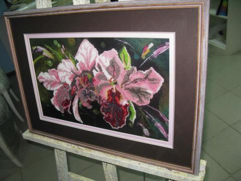 Вышивка «Орхидеи»
